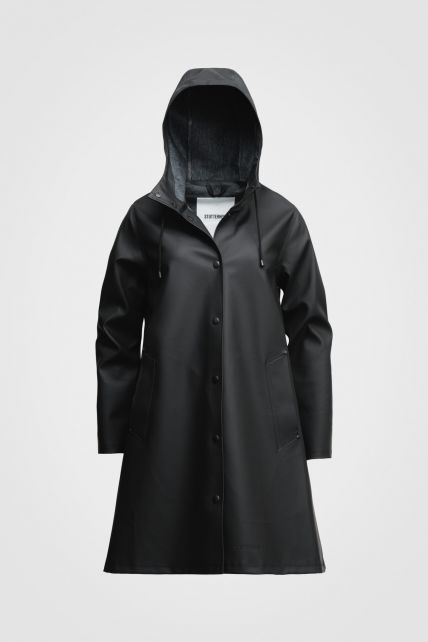 Stutterheim---Raincoat-for-women---Mosebacke---Black
